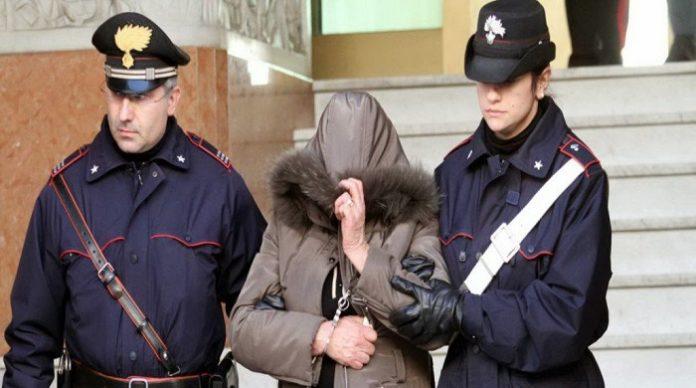 arresti-carabinieri-donna-696x388